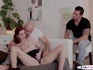 Bi studs pussyfucking redhead babe