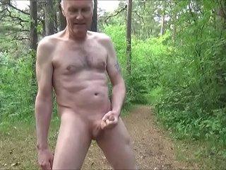 Ulf Larsen public nude & pee