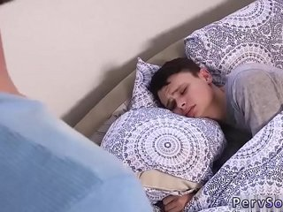 Young gay sex sleeping boys videos Wake Up Sleepyhead