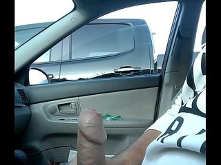 Jacking off to hot brunette in ger truck!! She looks at big dick!